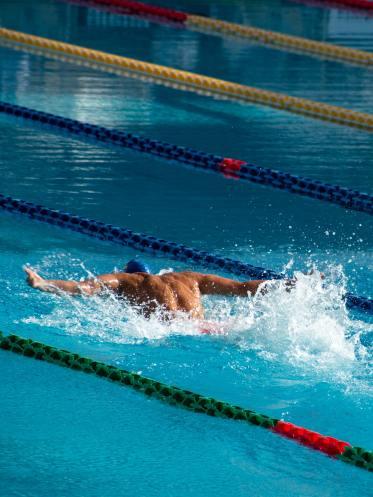Eftersom bloggen handlar om idrottspsykologi vill vi visa en idrottare som simmar kraftfullt och presterar på hög nivå