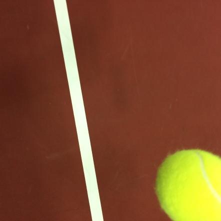 Inlägget handlar om mental träning i idrotten och det är viktigt med mental träning i tennis. Vi har även skrivit om ett tennisexempel. Därför passar det bra med en tennisbild i blogginlägget.